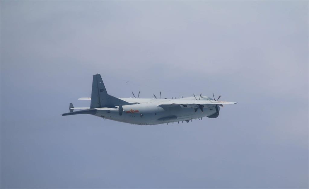 快新聞/共機又來! 2架中國軍機進入我西南空域 空軍防空飛彈追監