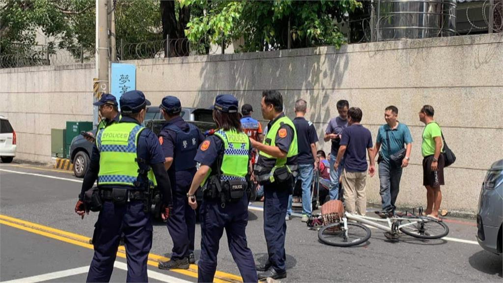 台中警越區台南抓人 毒犯拒捕衝撞「2人受傷送醫」