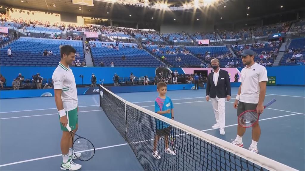球王喬科維奇直落三晉決賽超越費爸在位最久球王 拚澳網三連霸