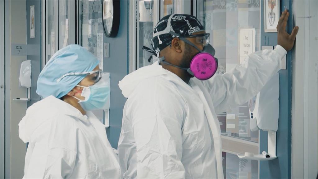 美國校園爆疫群聚  CDC:學童體育活動助病毒傳播