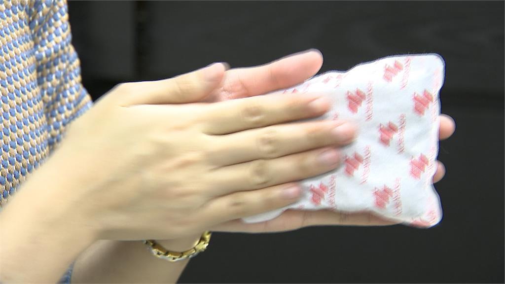全台急凍 賣場火鍋業績大增5成 豆腐、肉片、蝦餃搶手 暖暖包供不應求