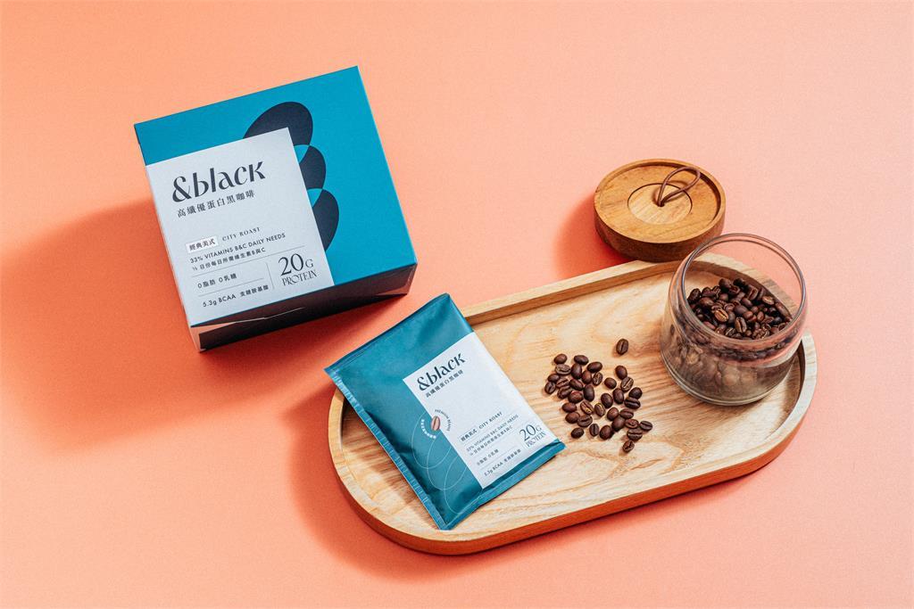喝起來像黑咖啡的乳清蛋白!Spark Protein推出革命性新品