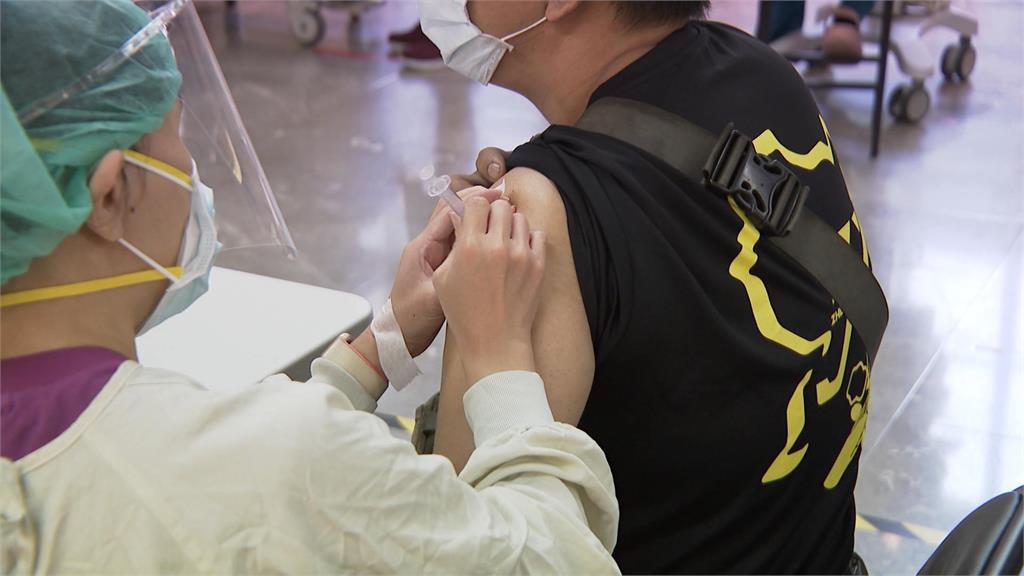 快新聞/新北莫德納第二劑「9/22至9/24」開放接種! 75歲以上分區、分里施打