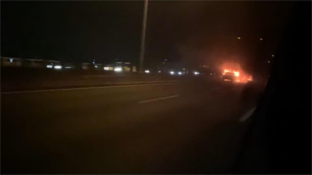 台74線交流道死亡車禍 2車擦撞起火1死1傷