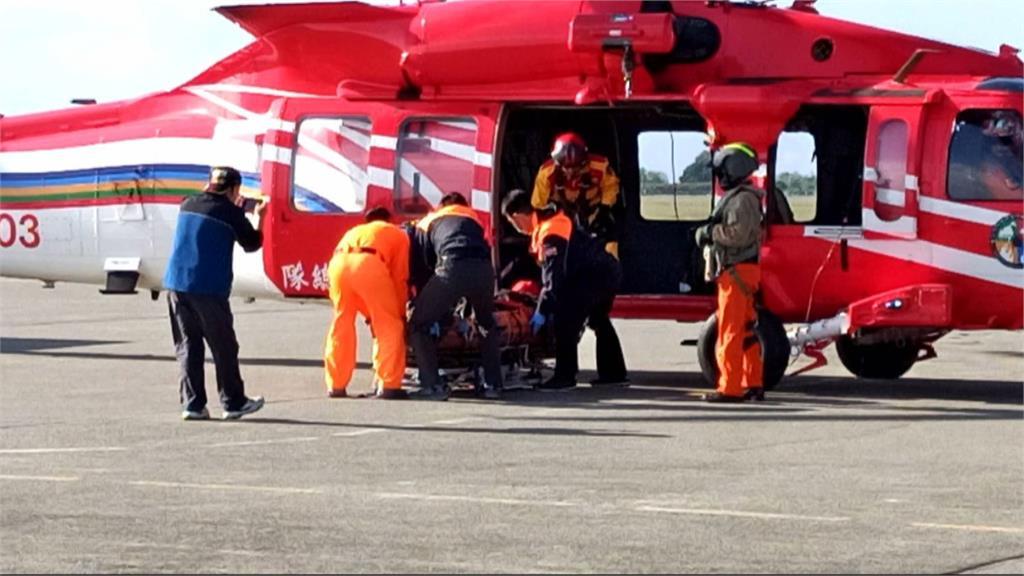 台東登山摔落12米邊坡骨折 出動直升機吊掛救援