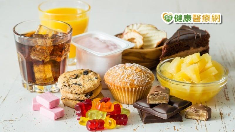 吃甜食心情好、不吃就沮喪? 你可能是糖中毒了