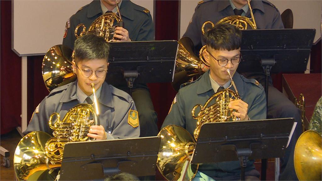 國軍示範樂隊的練習日常 演奏視同作戰 每個音符都不能含糊