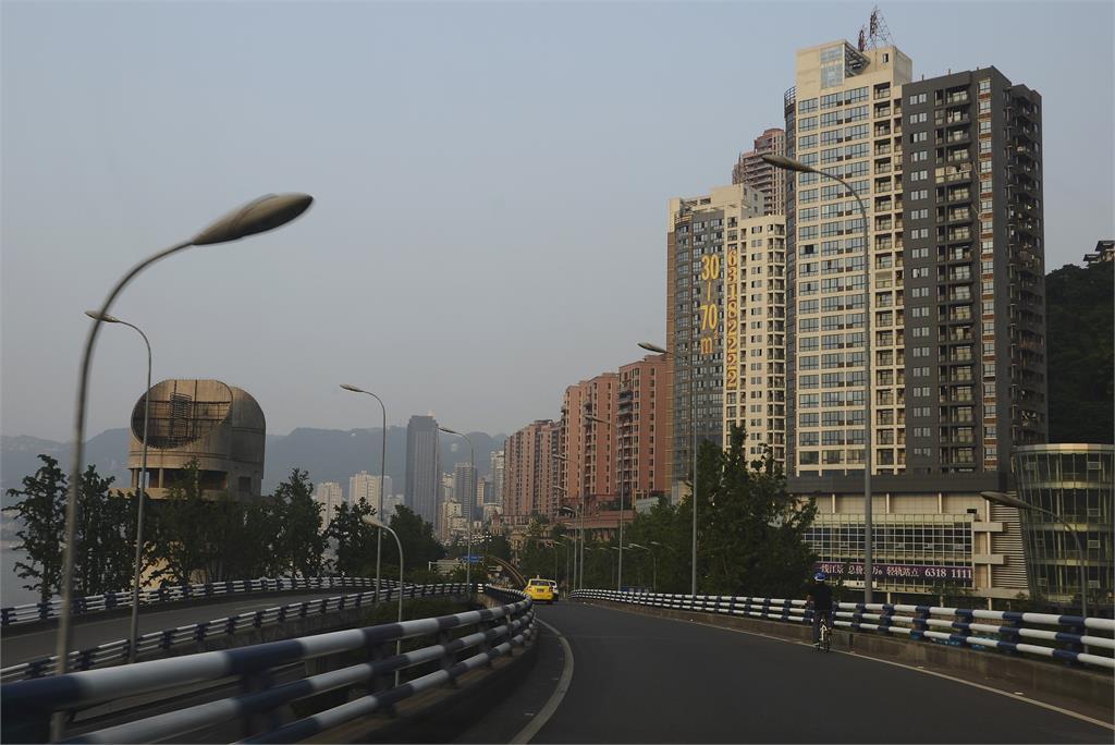 恒大集團債務風暴出現骨牌效應!中國房企「集體躺平」恐掀倒閉潮