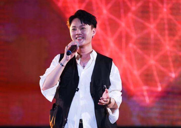 疫情升溫!許富凱、辛曉琪演唱會二度延期 影響至6月8日