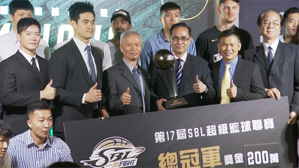 SBL年度頒獎!台啤成最大贏家 蔣淯安奪雙料MVP