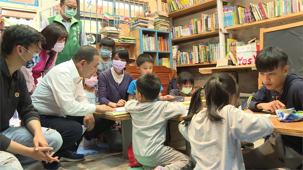 返鄉青年創螢火蟲書屋 提供在地學童課後輔導
