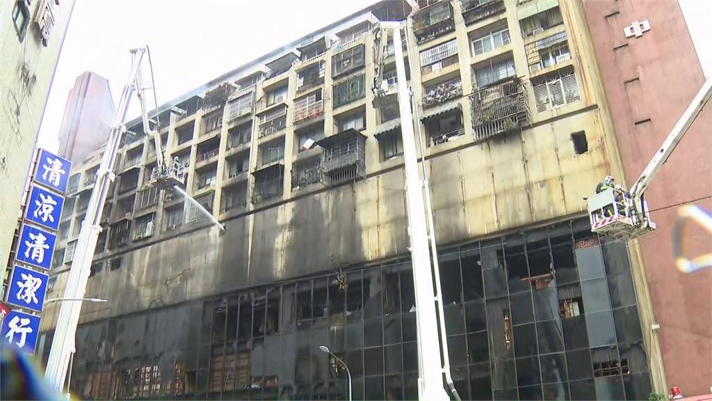 快新聞/高雄城中城惡火46人送醫12人OHCA 蔡英文指示全力協助安置、慰問