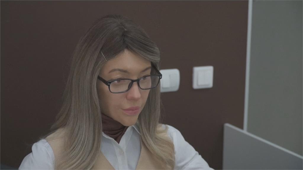 矽膠皮膚琢磨表情 俄羅斯類人型機器人超逼真