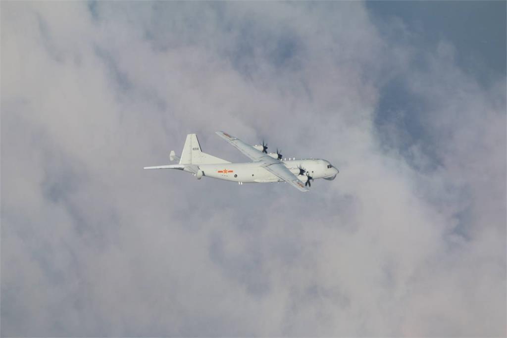 快新聞/共機又擾台! 1架中國軍機進入我空域 空軍防空飛彈追監