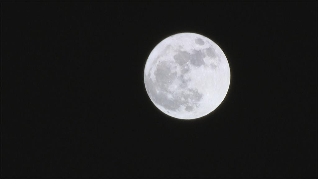 快新聞/今中秋節晴熱午後有雨 越晚賞月狀況越佳「這些地區需碰點運氣」