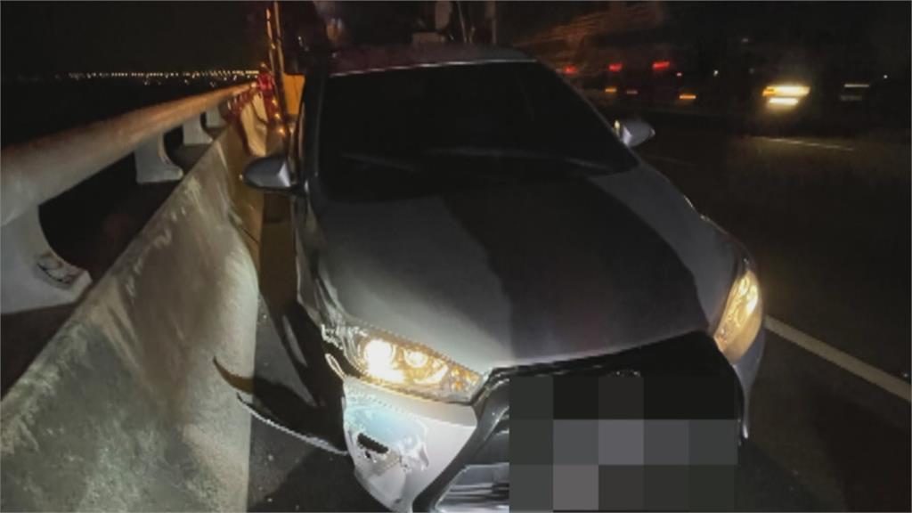 奇!男子開車撞護欄 自墜18米橋下只斷腿