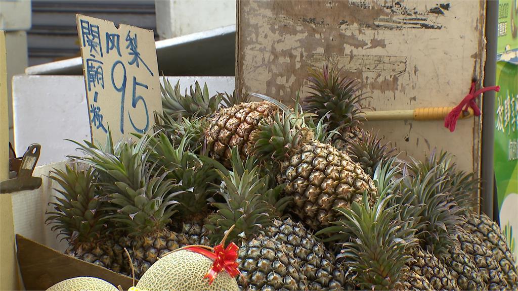 台灣鳳梨紅到日本 囊括日本網站前三名 一顆賣158元台幣人氣搶搶滾