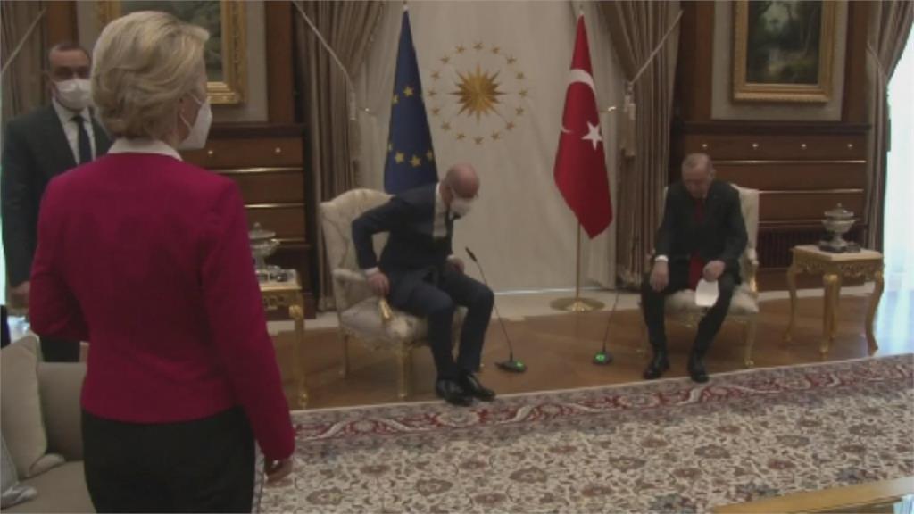"""土耳其""""沙發門""""越滾越大 義總理槓安卡拉"""