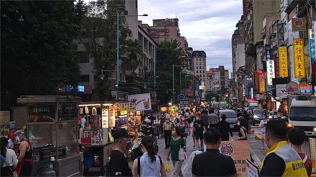Google、蘋果公布人流數據!台灣民眾逐漸鬆懈「6月人潮明顯回溫」