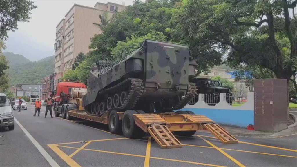 國軍出動兩棲登陸突擊車 宜蘭9處救災待命