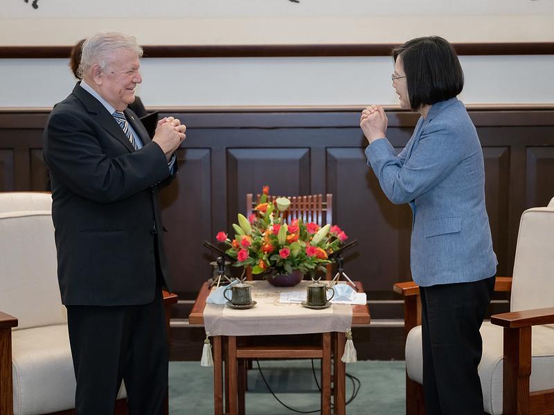 快新聞/接見遭免職尼加拉瓜駐台大使 蔡英文致謝:台灣就是您的第二個家