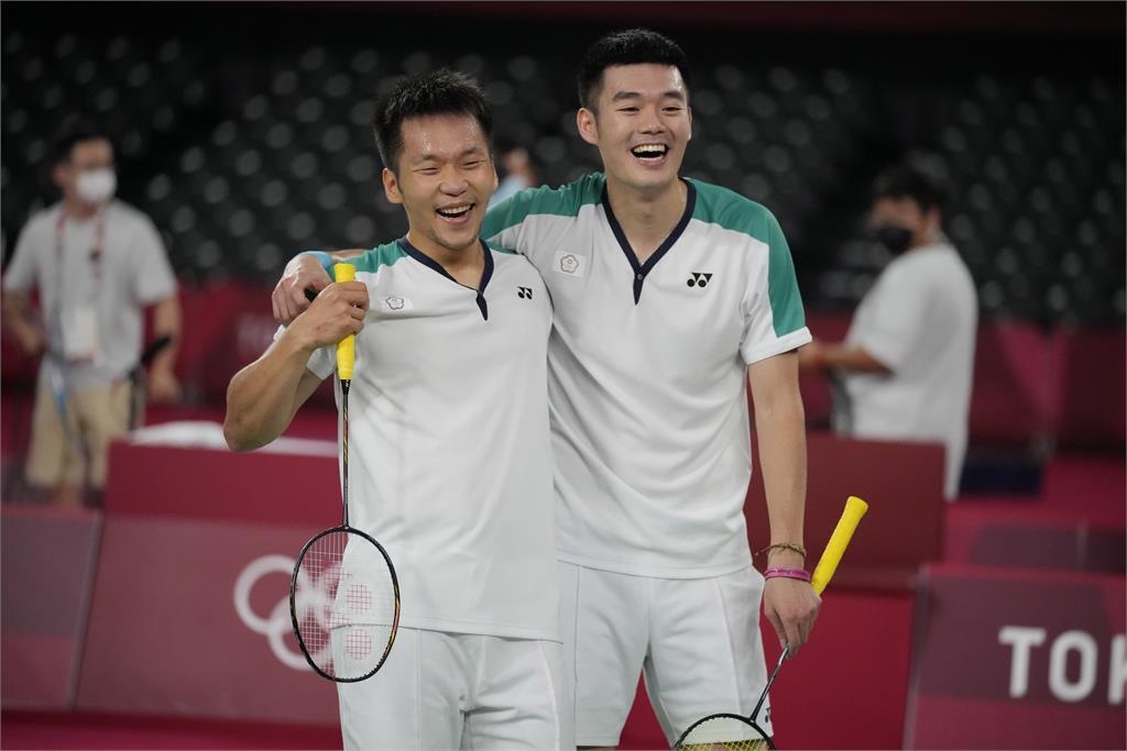 「黃金男雙」王齊麟、李洋直播暢聊奪金過程 「是一輩子很棒的回憶!」
