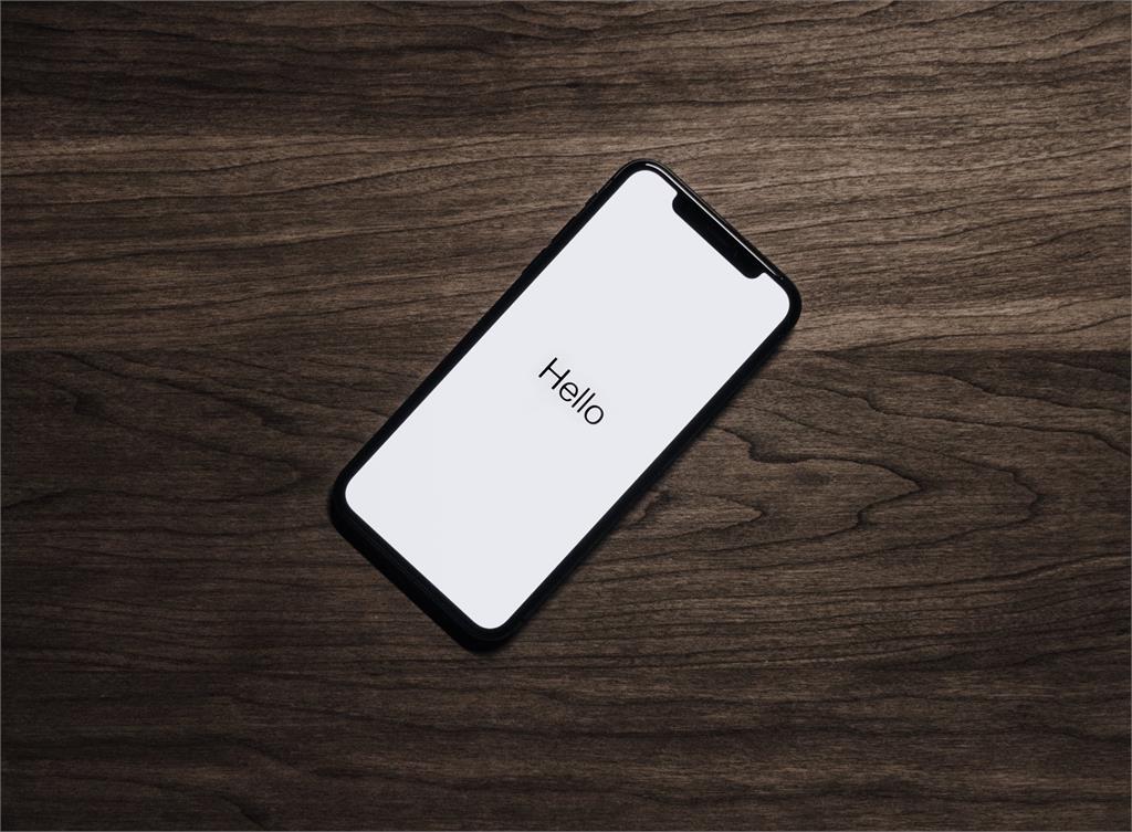 他更新iOS 15後驚覺「Siri生病了」 果粉1招「開關」秒解決!