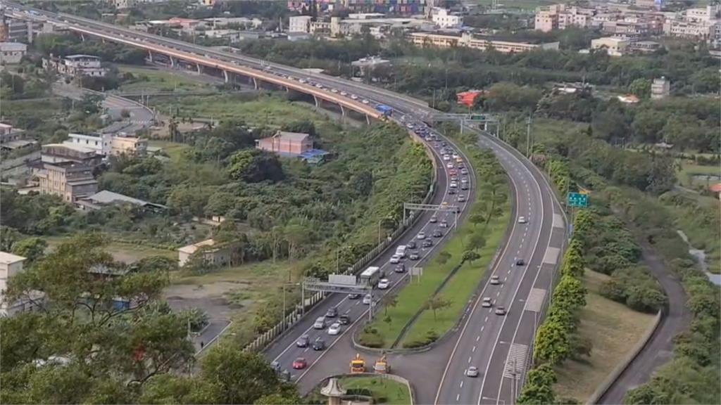 快新聞/端午連假別趴趴走! 高公局估明交通量較平日減少40%