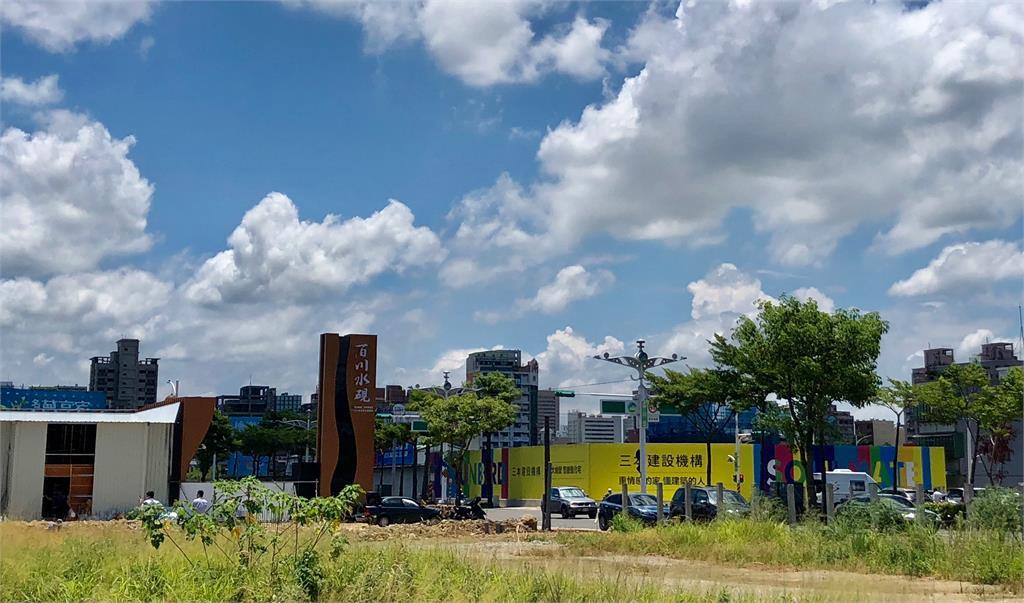台灣有錢人的生活…鬼搶祭品、人搶房