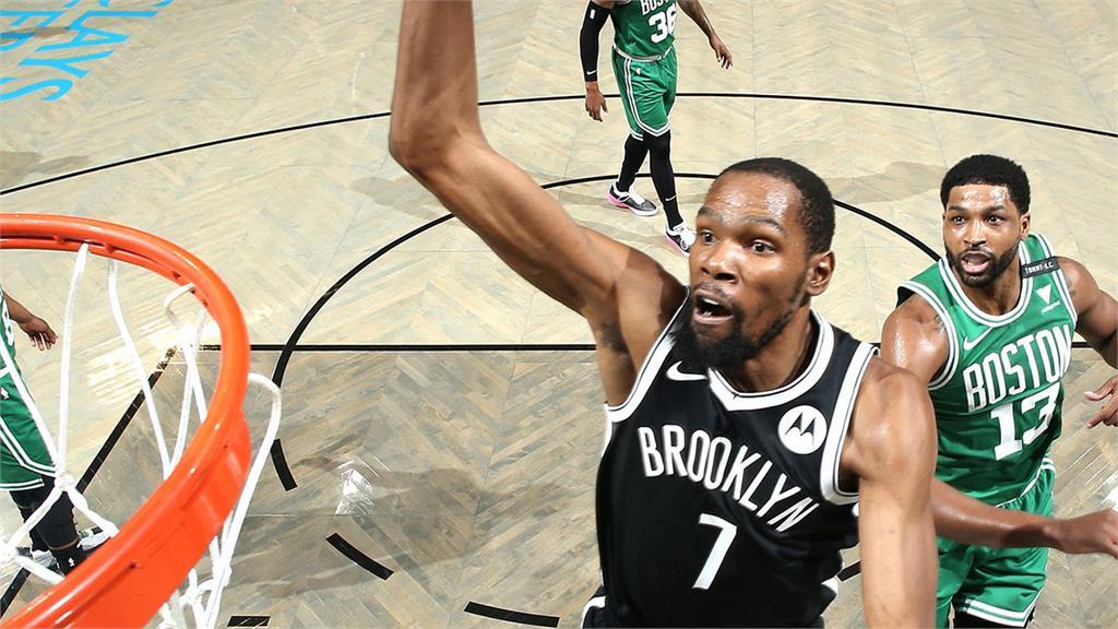 NBA/「三巨頭」聯手飆進82分 籃網首戰逆轉塞爾提克