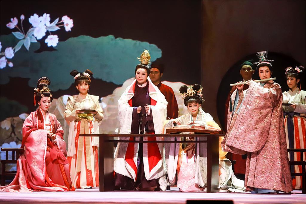 唐美雲搬出光源氏《光華之君》眾演員飆演技「提醒帶面紙」