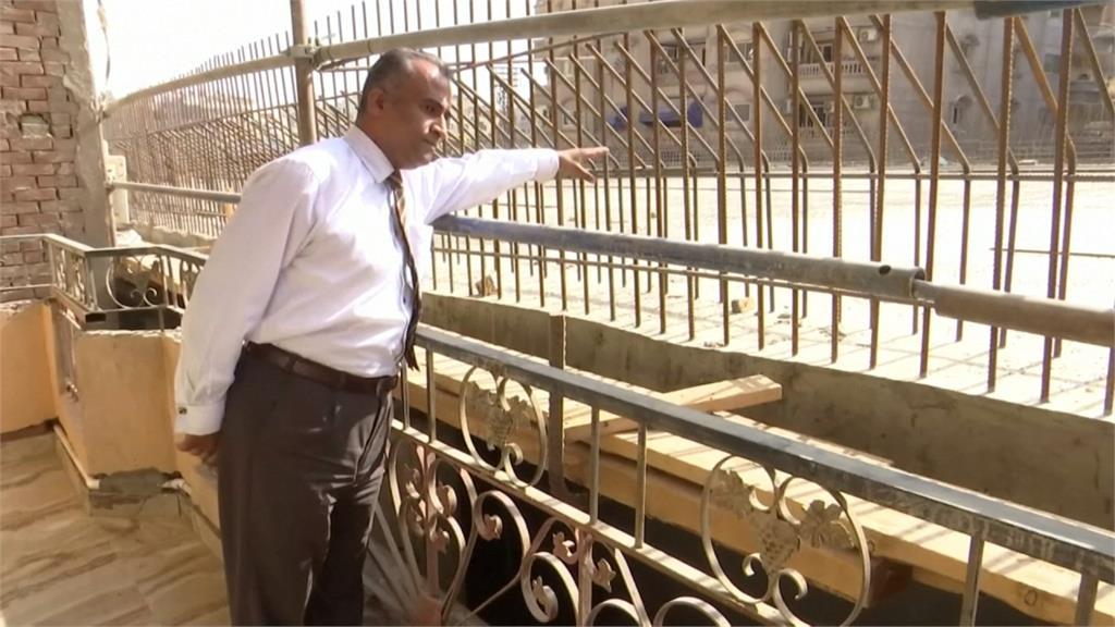 高架橋鄰民宅僅50公分 埃及民眾不滿控訴