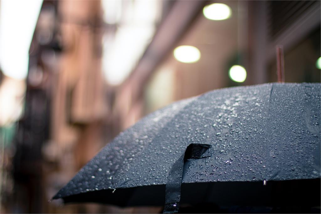 「典型梅雨滯留鋒」4天時間曝光!彭啟明:周二到周五留意雨勢