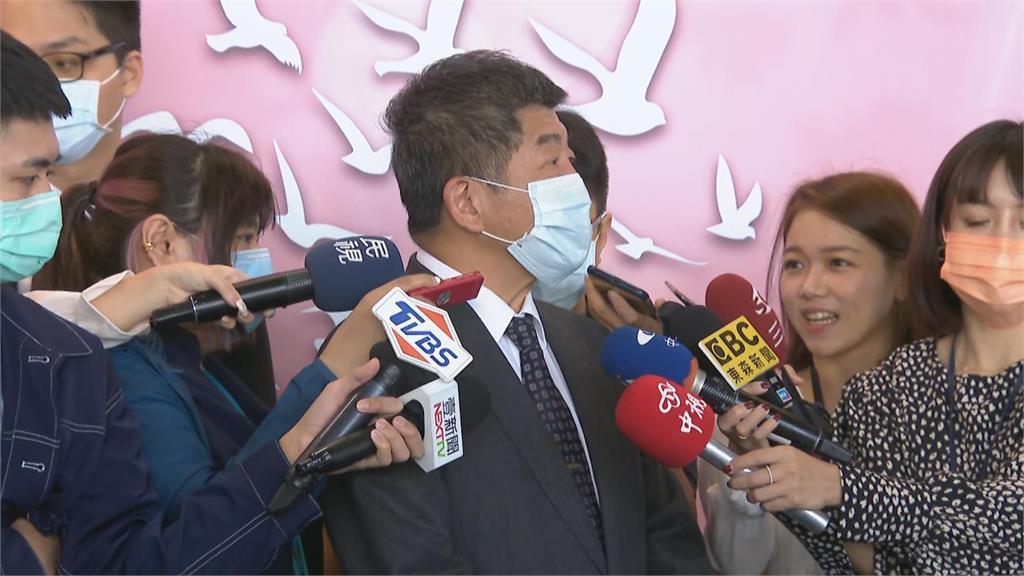 快新聞/「秋冬專案」研擬11月中公布 陳時中:特定場所強制戴口罩
