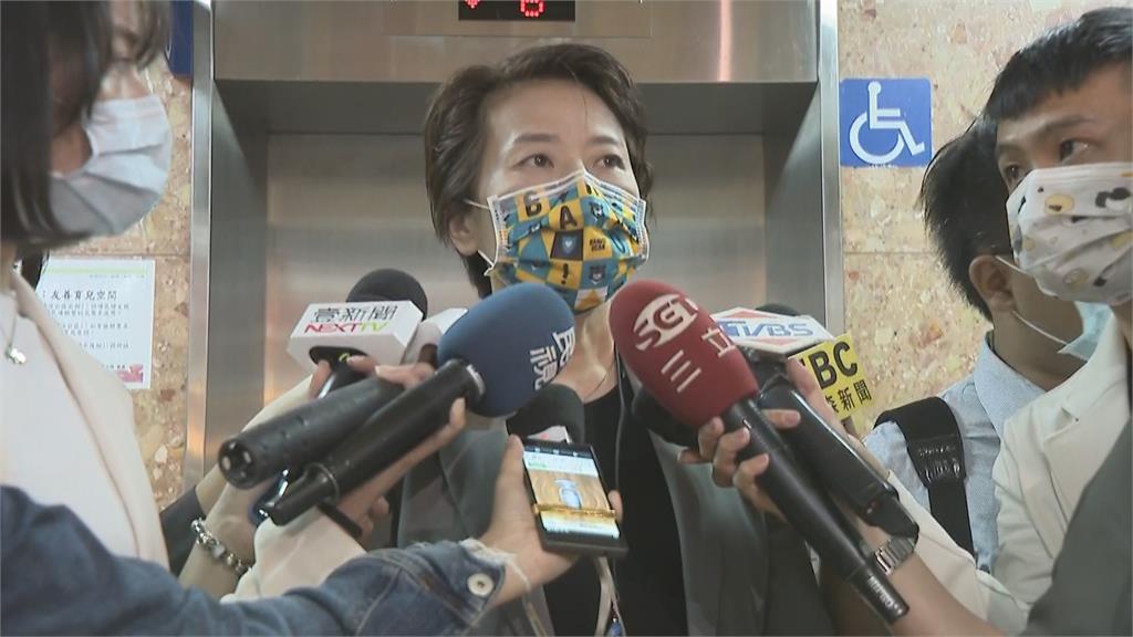 快新聞/感染源不明機師空服員曾到台北市 黃珊珊:防疫可能先預警性升級