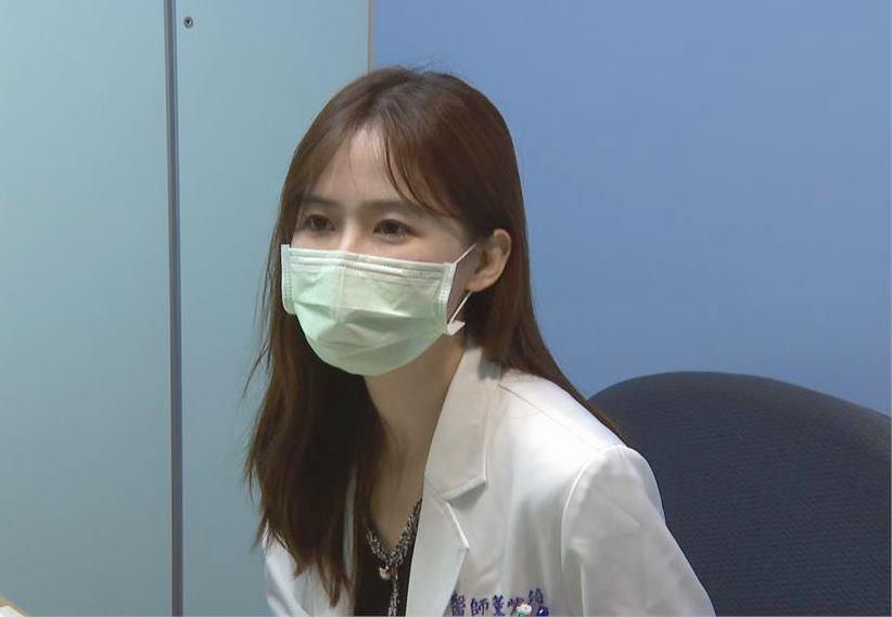 接種BNT遇上「仙氣女醫」 男學生竟公然向她「討抱抱」