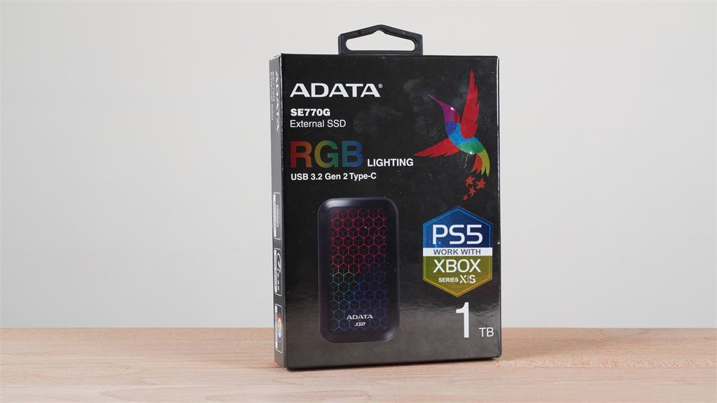 3C/這個閃耀的硬碟就是我的 Steam 收藏庫!ADATA SE770G RGB 高速外接固態硬碟