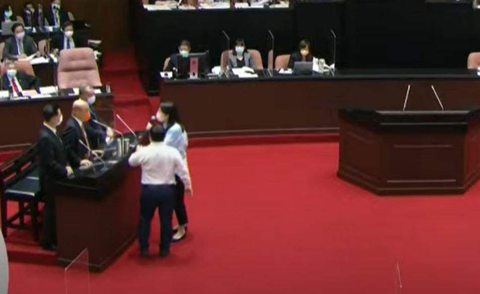 快新聞/蘇貞昌稱不會像國民黨一樣不要臉 鄭麗文暴怒跳針:道歉!給我道歉!