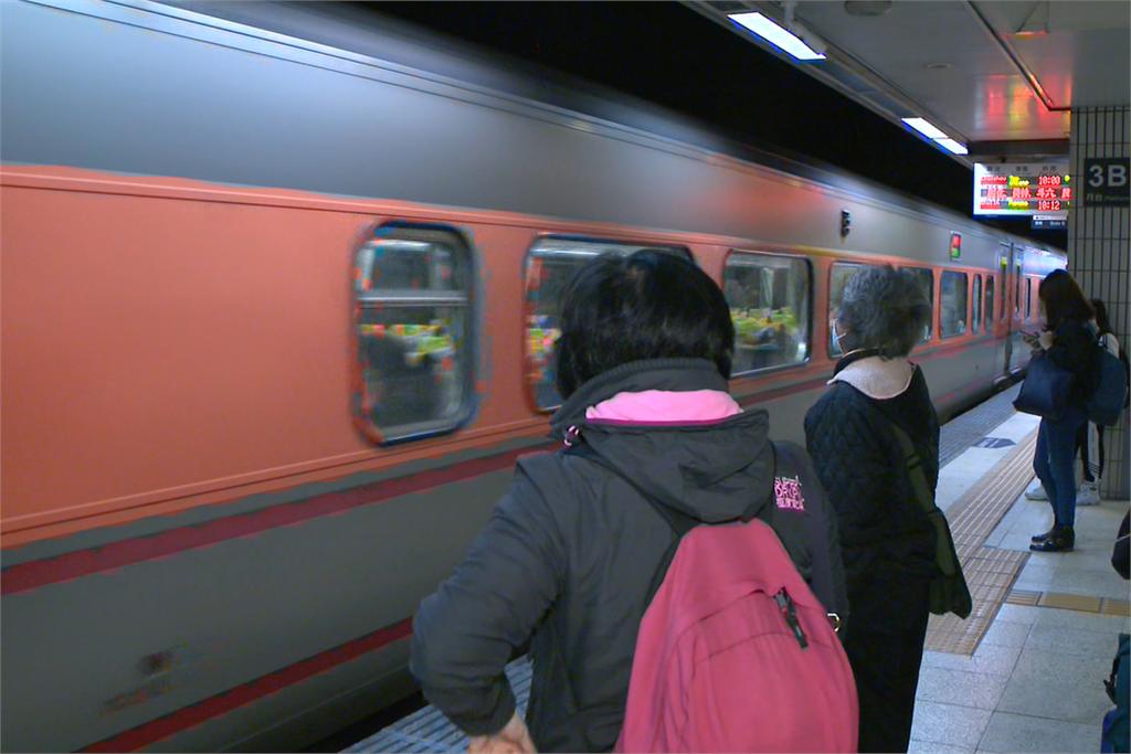 快新聞/交通部拍板 6/7起搭大眾運輸若維持社交距離可不戴口罩
