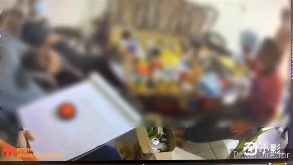 7人群聚邊吃邊打牌 辯「因為無聊」照樣開罰