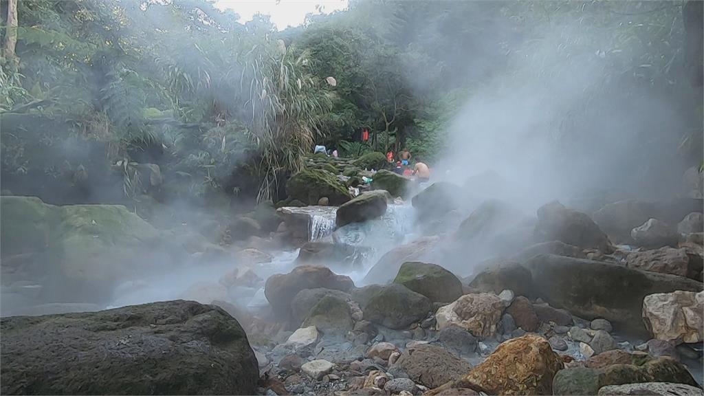 八煙野溪溫泉管制區驚見違法泡湯 小心邊坡鬆軟易崩塌