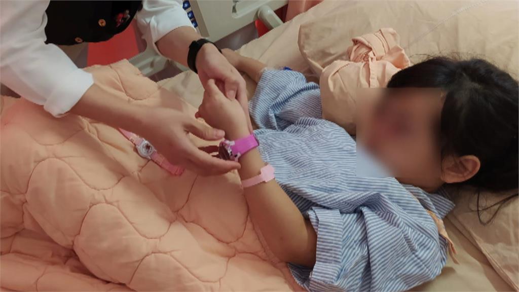 5歲女童哭找粉紅色手錶 暖心醫護買給她