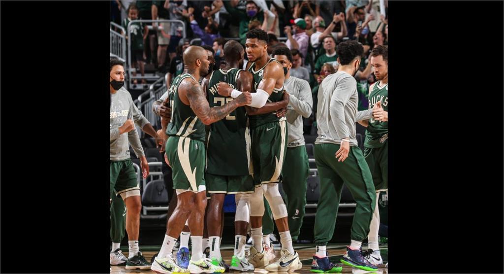 NBA/公鹿雙星狂轟68分 對籃網系列賽扳回一城