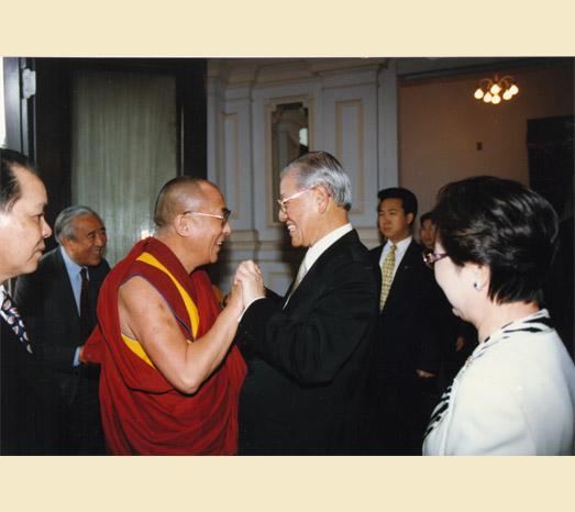 快新聞/悼念前總統李登輝 達賴喇嘛將透過影片追思