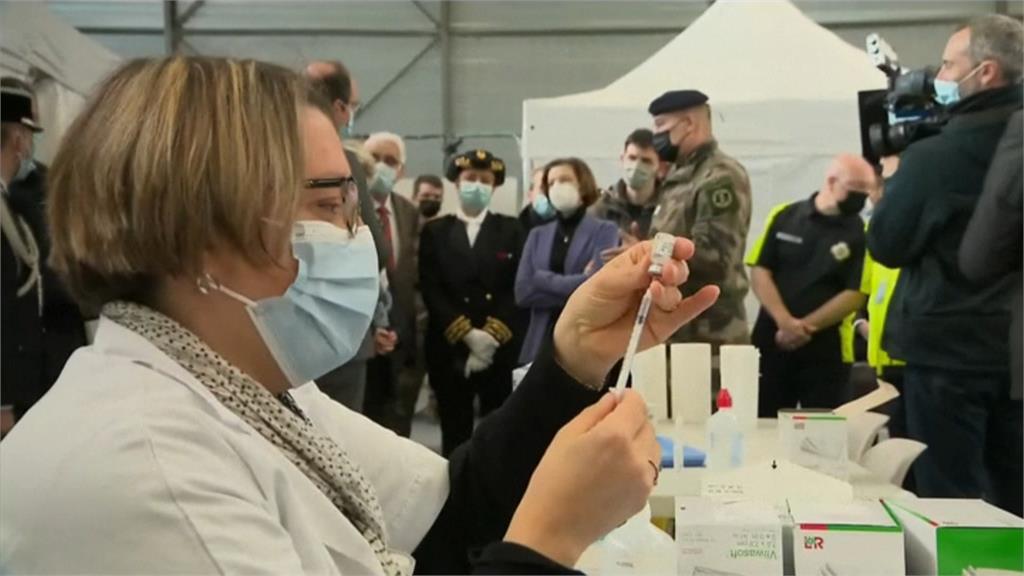 包機赴海外打疫苗增5成 業者:赴中、港.日詢問也增