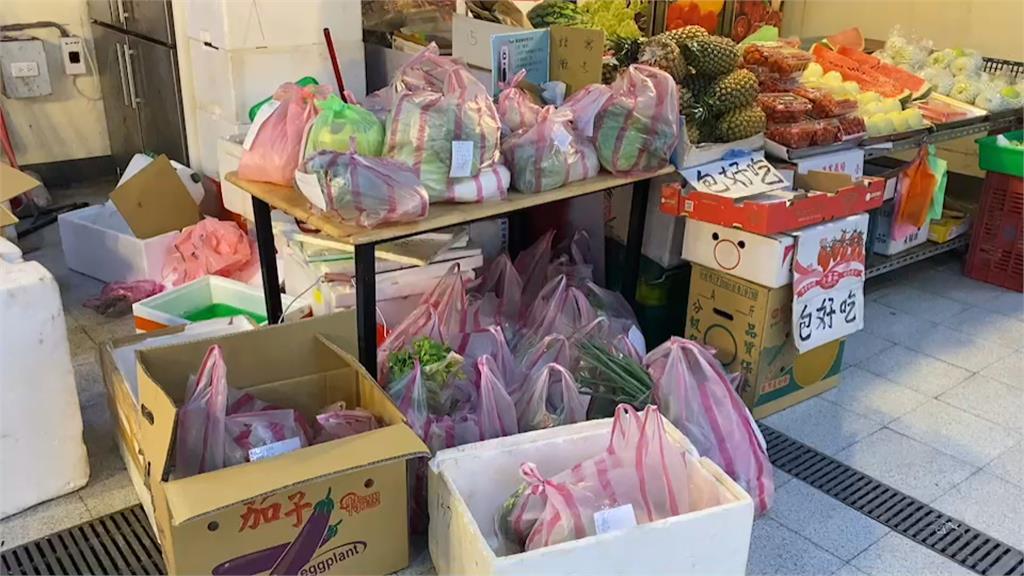 傳統市場菜攤做生意用這招  Line傳「青菜圖」貨送到府
