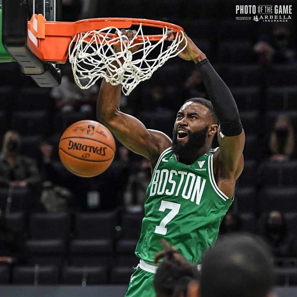 NBA/布朗轟40分 塞爾蒂克擋湖人反撲收5連勝