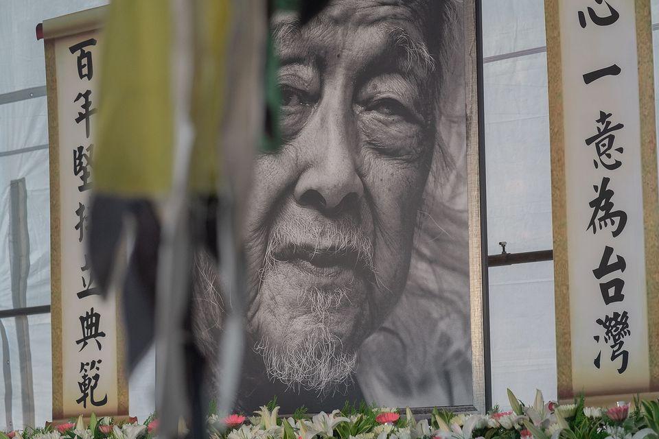 快新聞/「加深我們跟世界連結!」蔡英文悼念史明、李登輝:帶給台灣民主精神