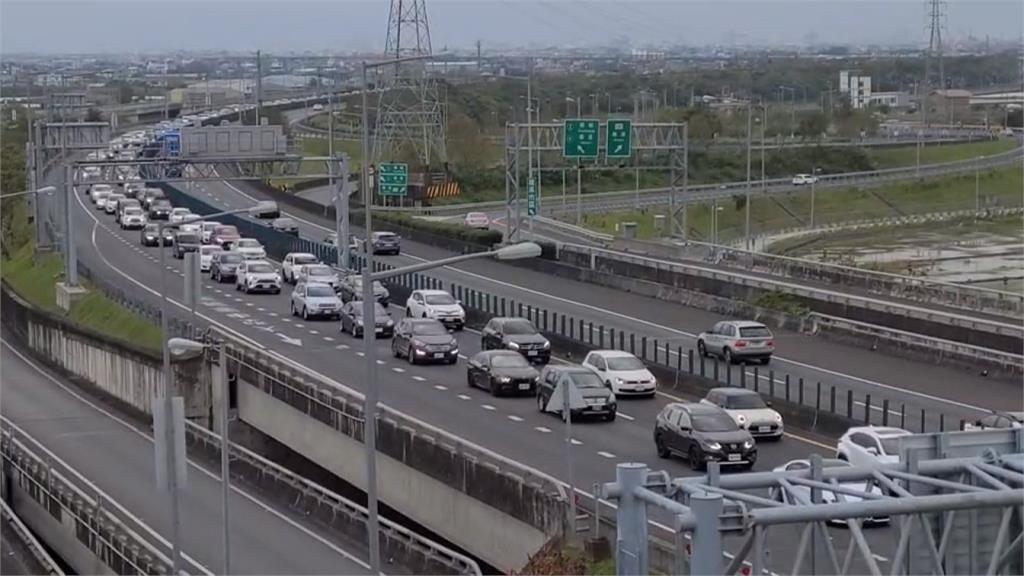 快新聞/228連假怎麼開車? 一張圖看「高乘載、匝道封閉」