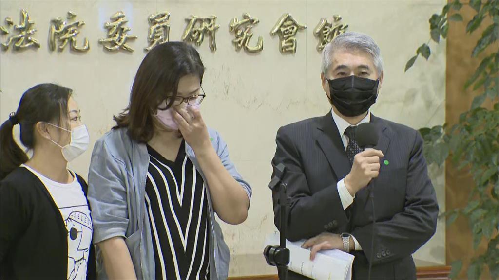 快新聞/蘇震清今絕食抗議捍衛清白 妻子落淚:不捨但尊重
